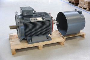 Motor mit Fremdlüfterhaube